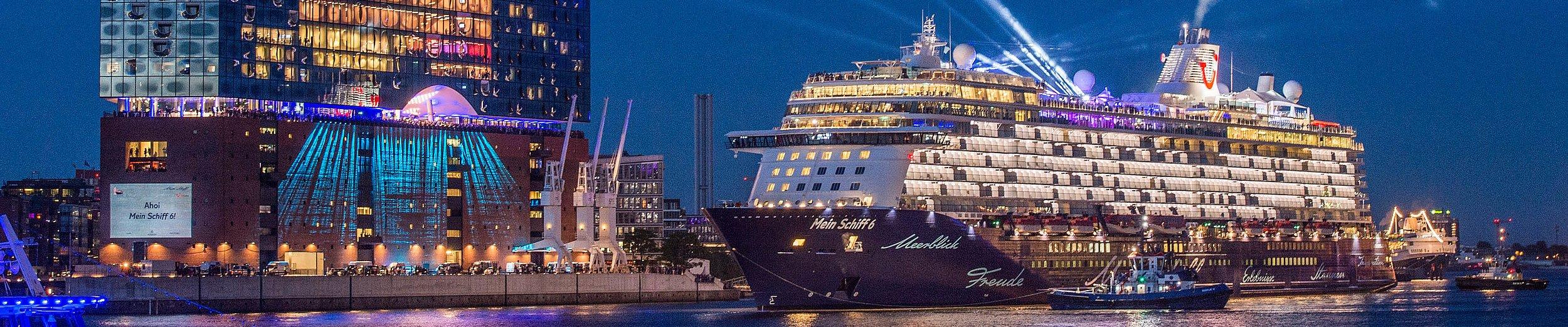 Tui Cruises Ocean Liners In Hamburg Hamburg Tourismus